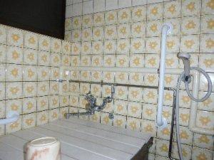 12 工事後 洗い場手すり