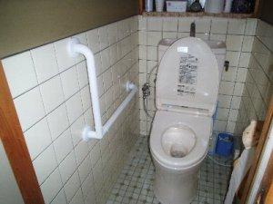 8 トイレ手すり取付