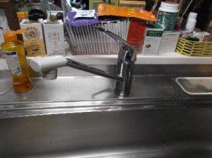 1   工事前 18年使用された水栓ご苦労様