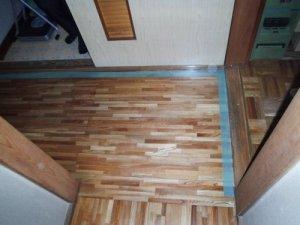 3 工事前 浴室とキッチンへの入口
