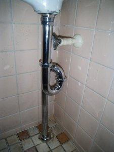 3 工事完了 排水管が新しくなりました。