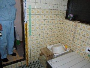 13 工事前 浴室入口