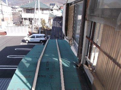3 工事中 防水シートと下地